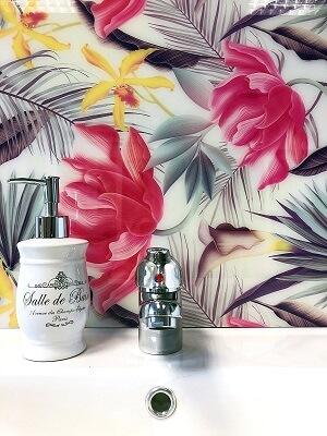 trópusi virágok pink mosdó wallplex